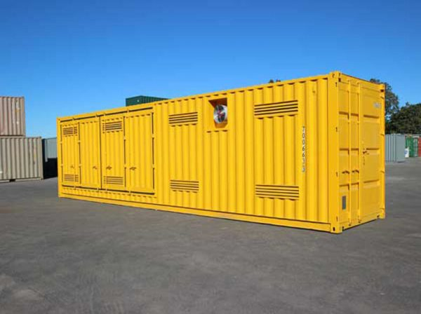Shipping-Container-Dangerous-001-600x448