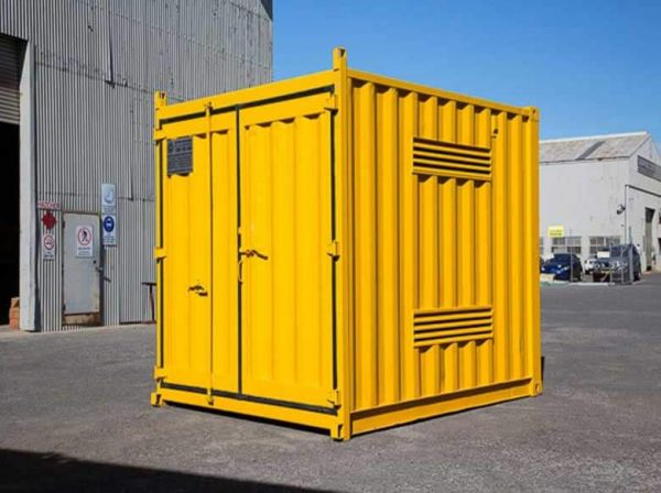 Shipping-Container-Dangerous-004-600x448