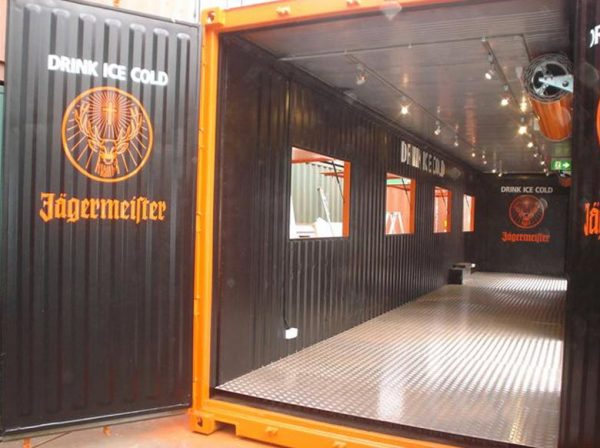 container-bar-006-600x448