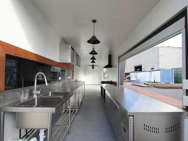 container-cafe-17-600x450