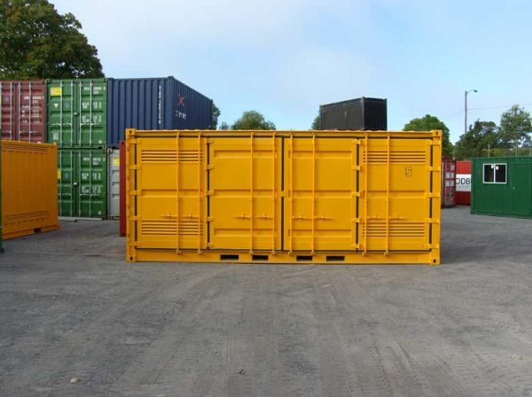 port-dangerous-goods-containers-31-600x448