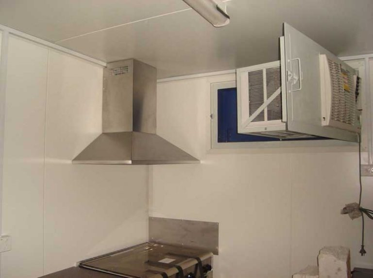shipping-container-lunch-rooms-005