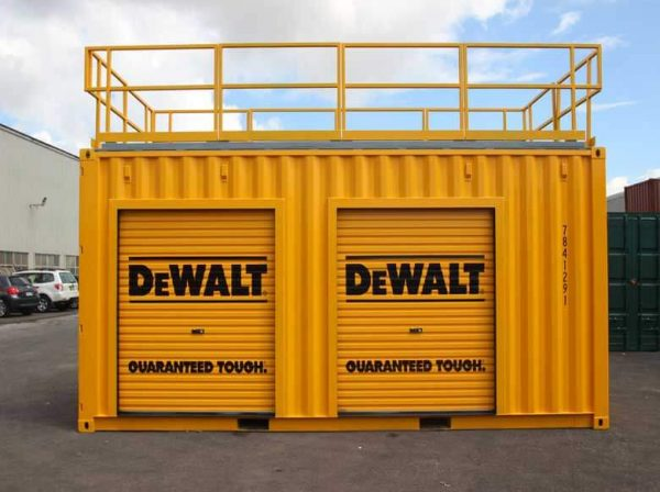 shipping-containers-tradeshow-displays-002-600x448